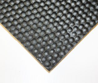Rubber Stable Mats – Cobble Top