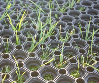 RubbaGrass® Rubber Grass Mats
